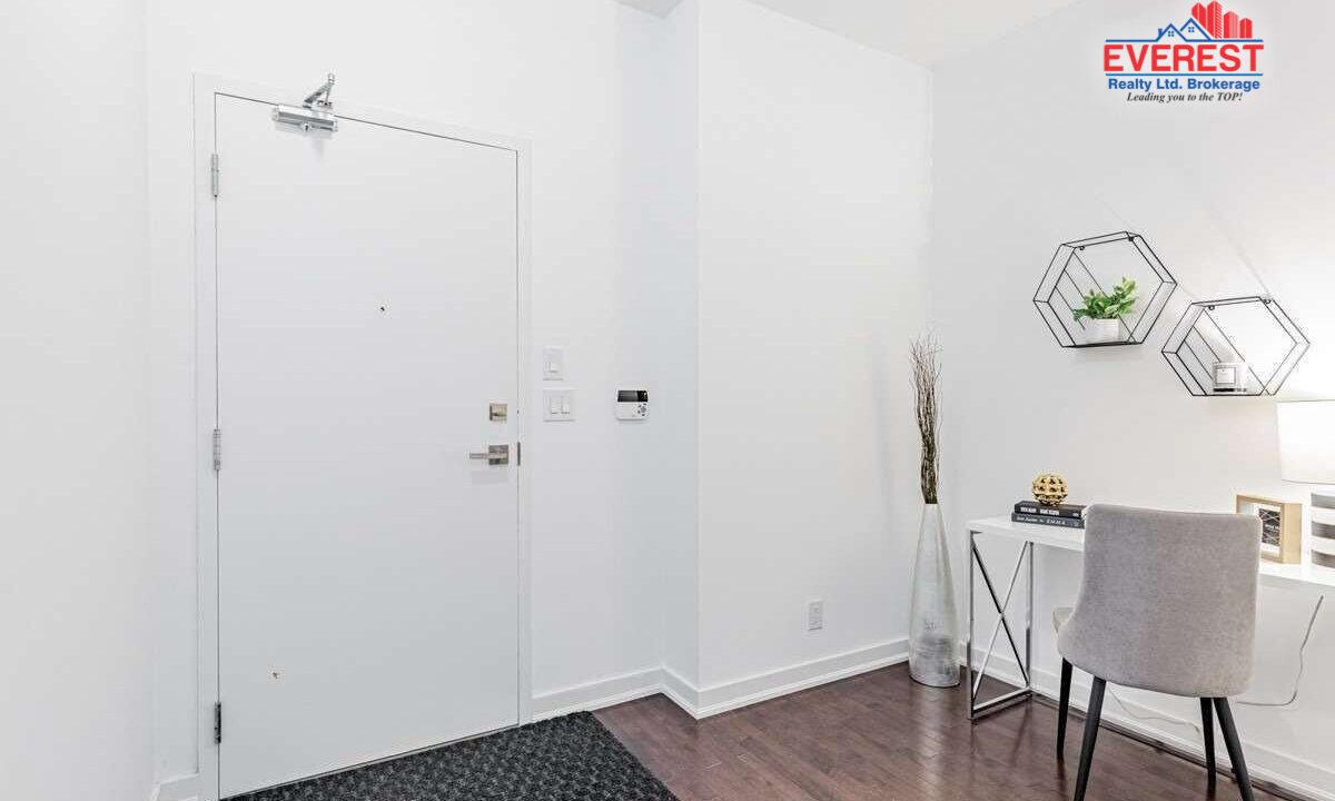 2404-12-york-street-toronto-C5330628-22-p